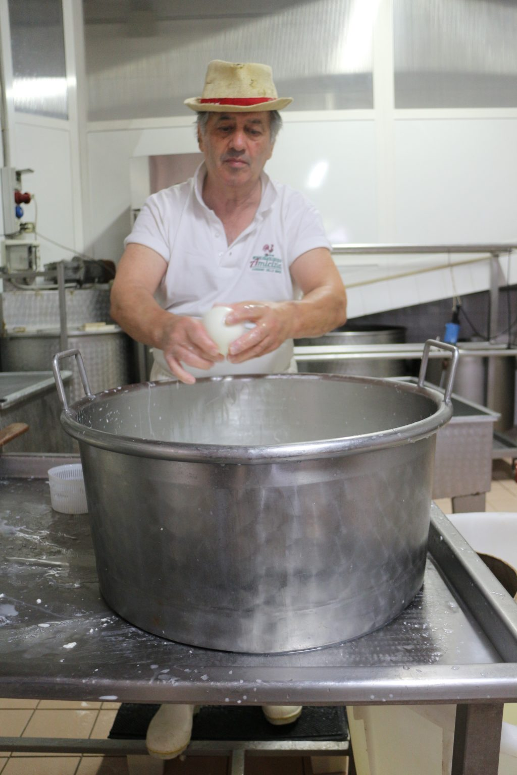 チーズ職人