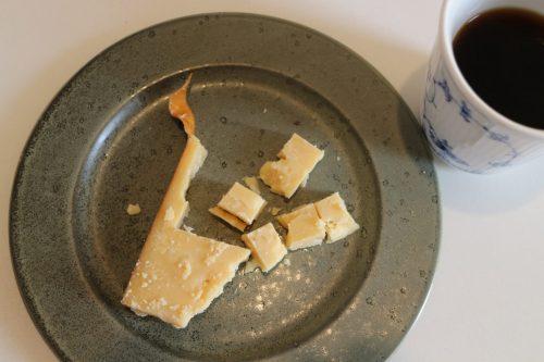 農家のチーズとコーヒー