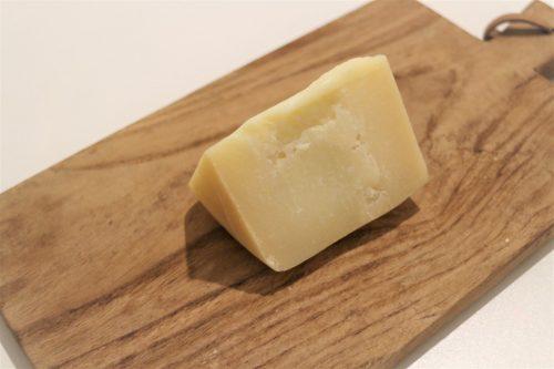 スペイン産イディアサバル羊のチーズ