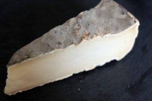 tomme de savoie fromagerie maison cheese